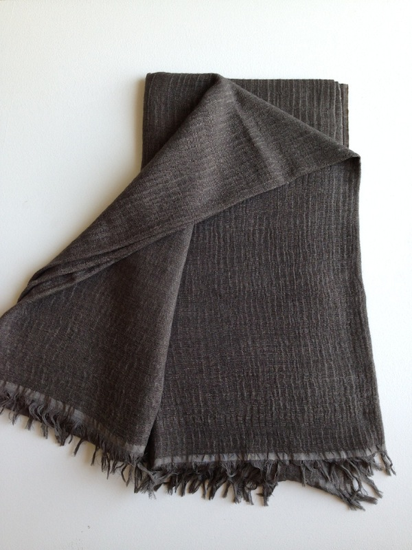 869f403762 DENIS COLOMB — FLAT TWIST LARGE SHAWL - ASHES COLOR - HANDWOVEN - 80%  CASHMERE 20% SILK -  945